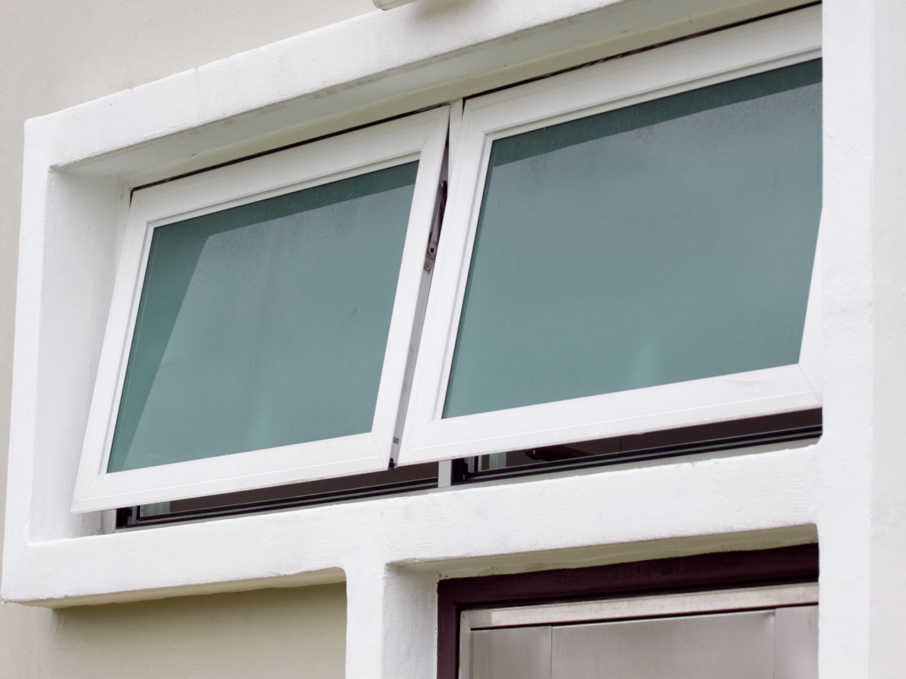 Top hung side hung windows prayosha enterprise ltd for Window side design